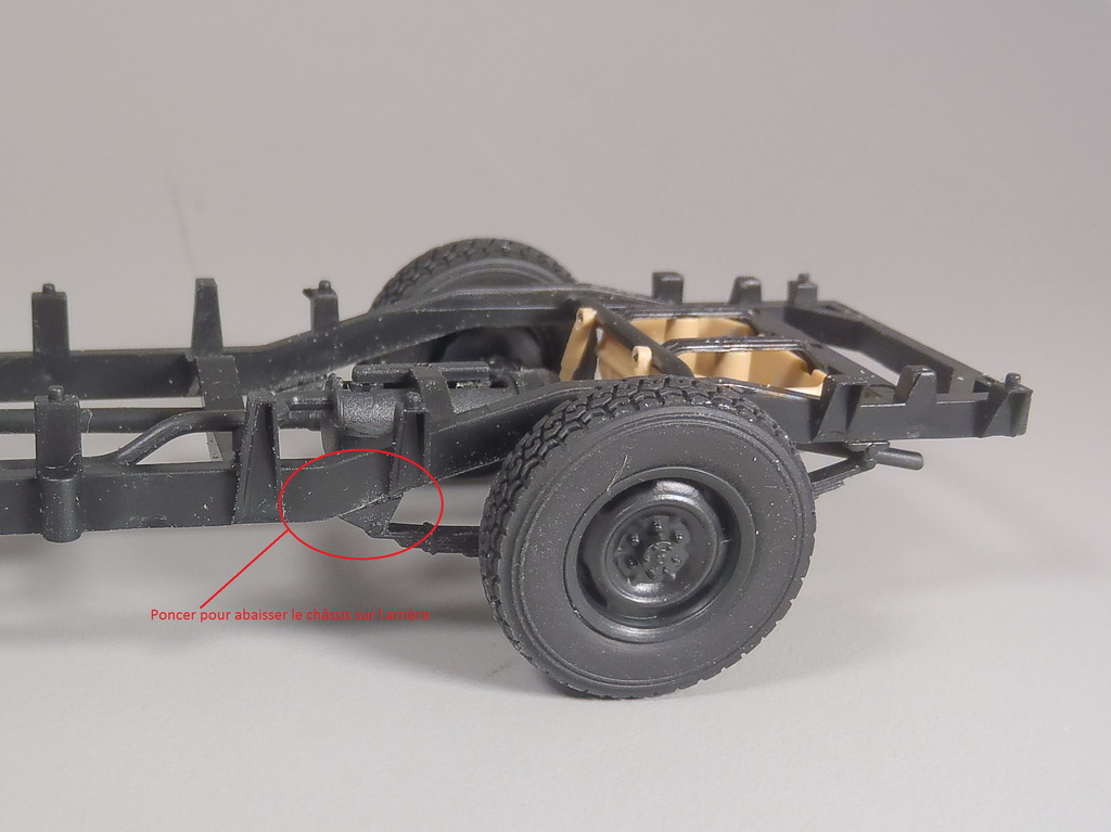 Pick-up (MENG)+tourelle BMP 1/35 (DEF model) PC230249a_zpsbvwr7ewh