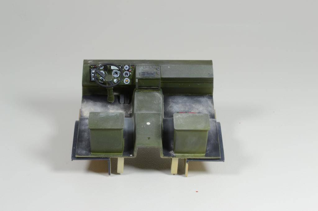 M1083 cabine blindée [Trumpeter, 1/35] - Page 3 DSC_0211_zps4d5e1016