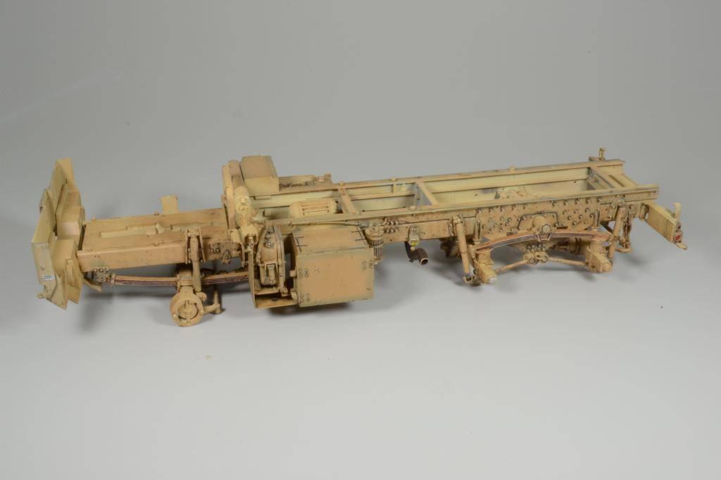 M1083 cabine blindée [Trumpeter, 1/35] - Page 3 DSC_0227_zps051df7e9