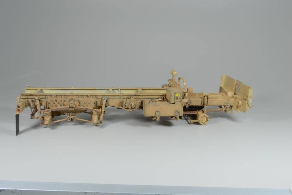 M1083 cabine blindée [Trumpeter, 1/35] - Page 3 DSC_0241_zps9a873c7e