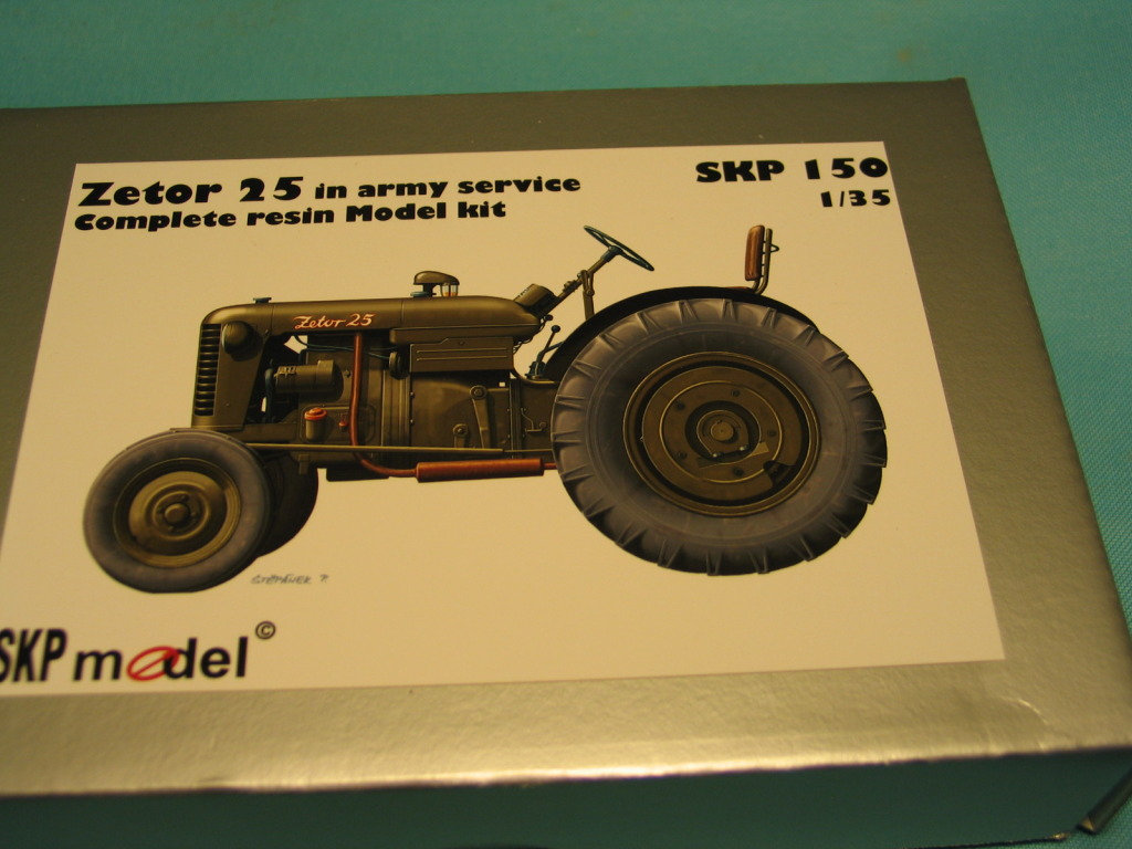 Conversion tracteur Zetor 25 en tracteur blindé - SKP Models 1/35 IMG_5948