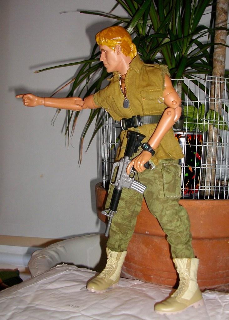 Latest headsculpt project Sgt Elias K Grodin (Platoon) 004_zpsdgfhzsbv
