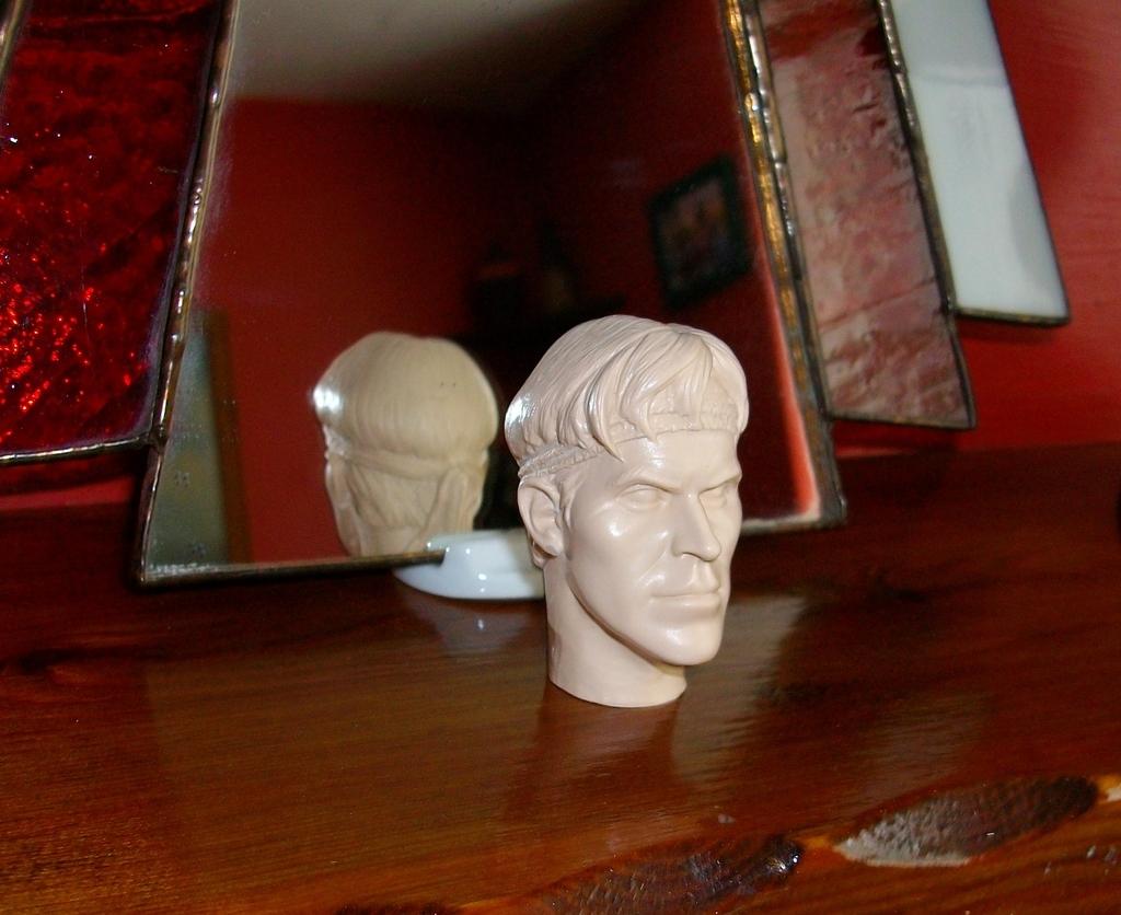 Latest headsculpt project Sgt Elias K Grodin (Platoon) Hawkeye%20Keyring%20004_zpsoacpdxvd