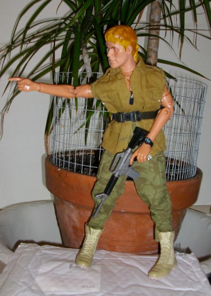 Latest headsculpt project Sgt Elias K Grodin (Platoon) Cut%20off%20jacket%20017_zpspwf9m94w
