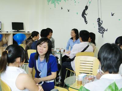 Khai giảng lớp đàm thoại sơ trung cấp tại Top Globis Phong-giao-luu