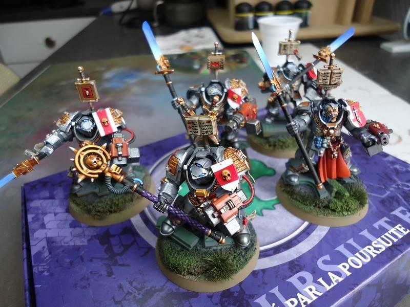 armée chevalier gris DSC00713_zps0b37d2e6