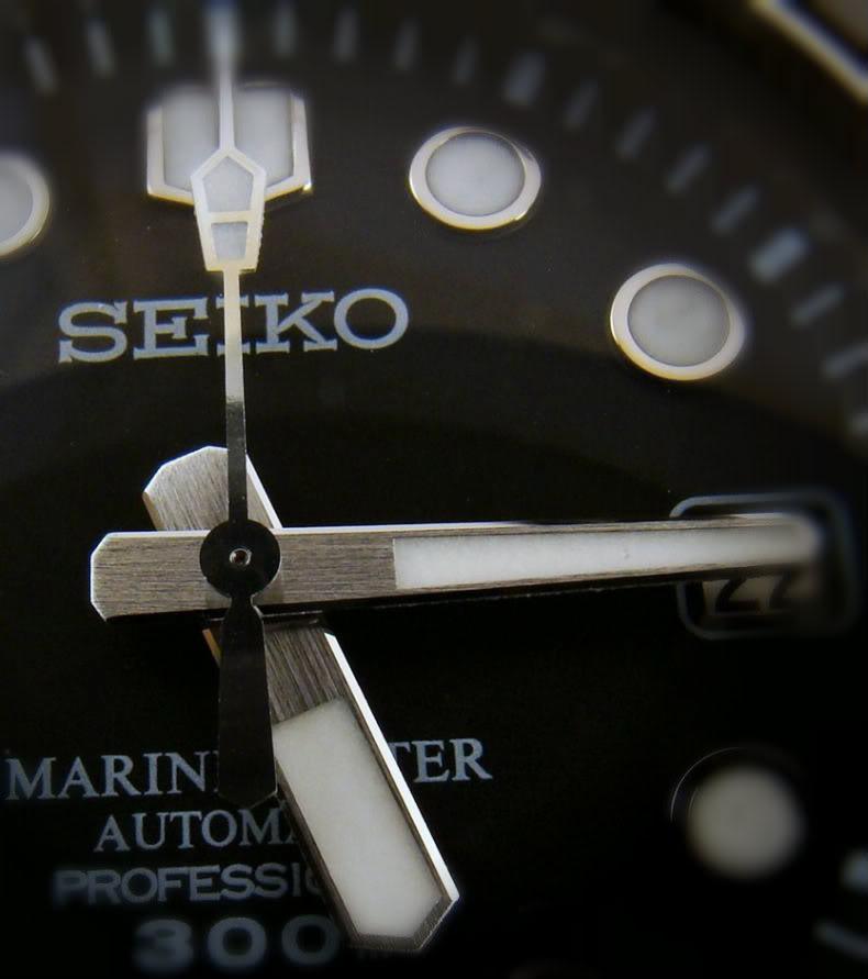 Watch Review: Seiko Marinemaster Professional 300m Diver (SBDX001)  Hands2