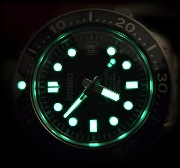 Watch Review: Seiko Marinemaster Professional 300m Diver (SBDX001)  Lume