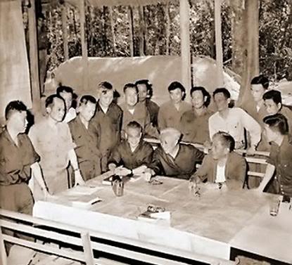 Những bức ảnh về chiến tranh VIỆT NAM BchhuyChindchHChMinh