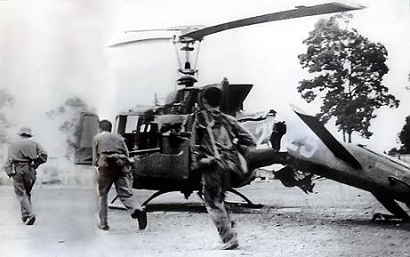 Những bức ảnh về chiến tranh VIỆT NAM NhsnbayBinHo