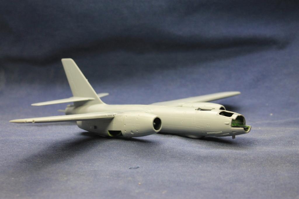 "1/72 Ilushyn IL-28 Beagle VPAF ""terminado"" IMG_4678_zpse7j65izk"