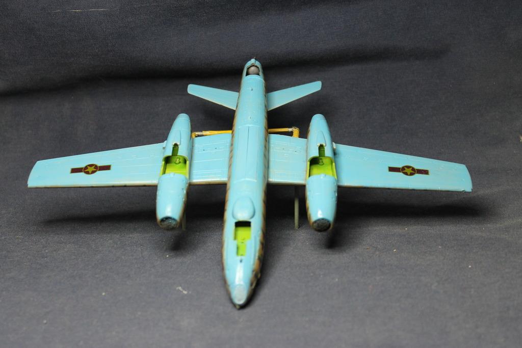 "1/72 Ilushyn IL-28 Beagle VPAF ""terminado"" IMG_4757_zpsoi1s3jsi"