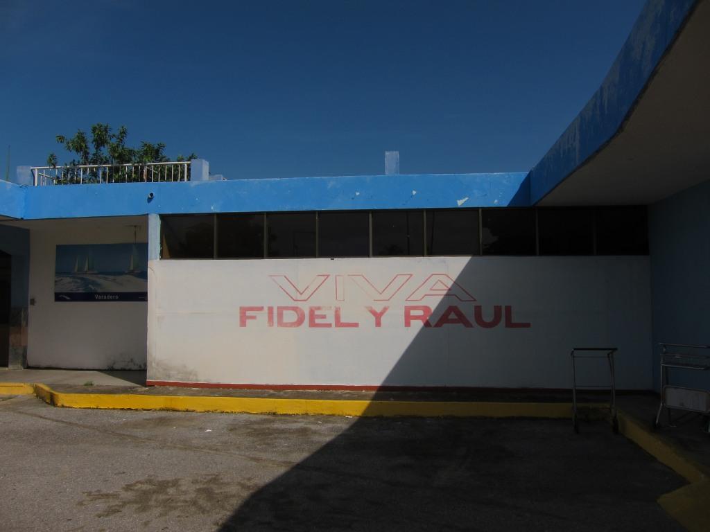 O vara comunista: Cuba si Venezuela. IMG_1375