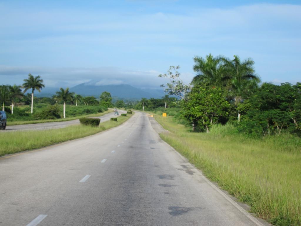 O vara comunista: Cuba si Venezuela. IMG_1584