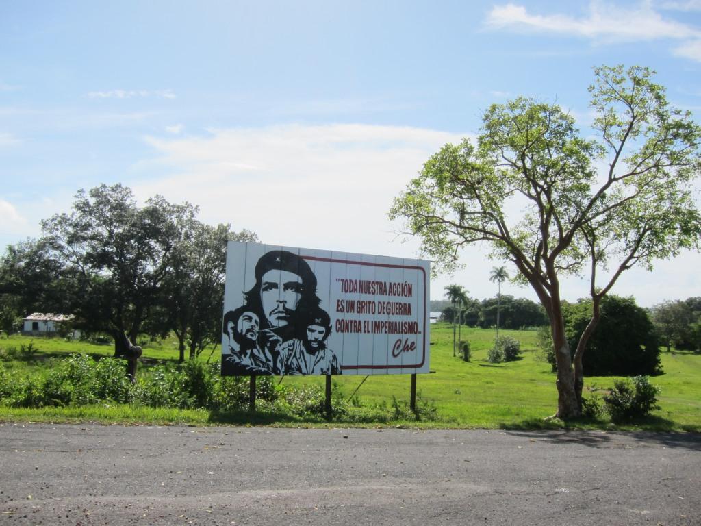 O vara comunista: Cuba si Venezuela. IMG_1628