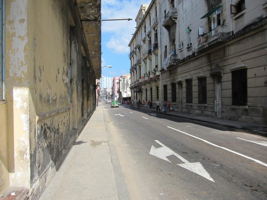 O vara comunista: Cuba si Venezuela. IMG_0410