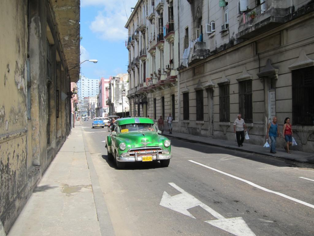O vara comunista: Cuba si Venezuela. IMG_0411