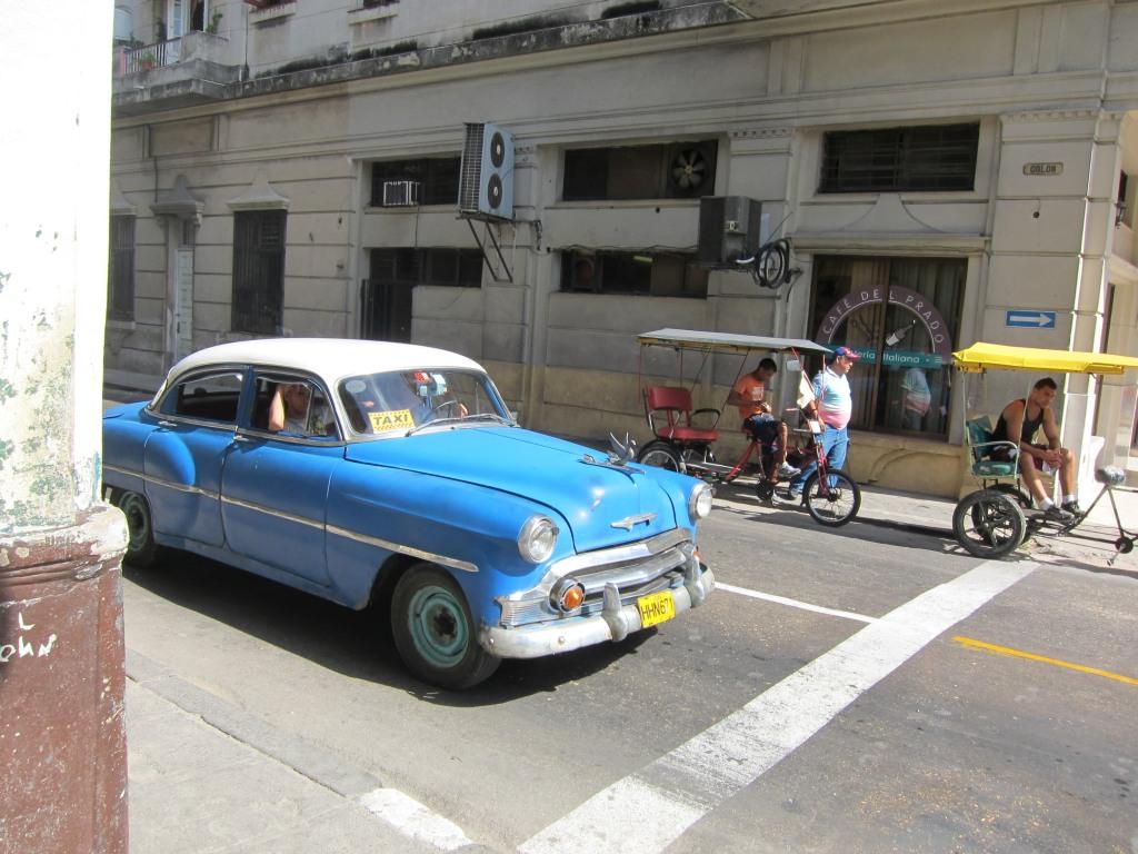 O vara comunista: Cuba si Venezuela. IMG_0414
