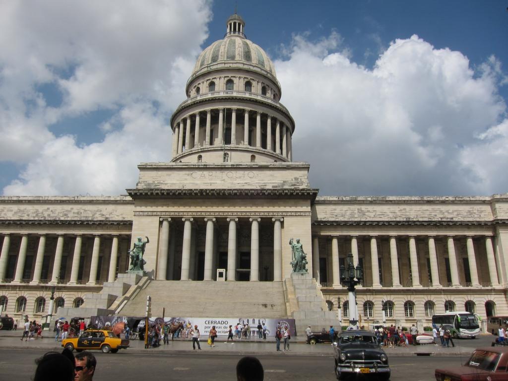 O vara comunista: Cuba si Venezuela. IMG_0421
