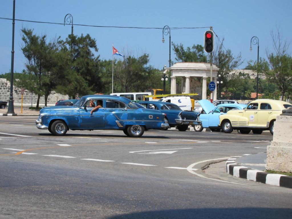 O vara comunista: Cuba si Venezuela. IMG_0445