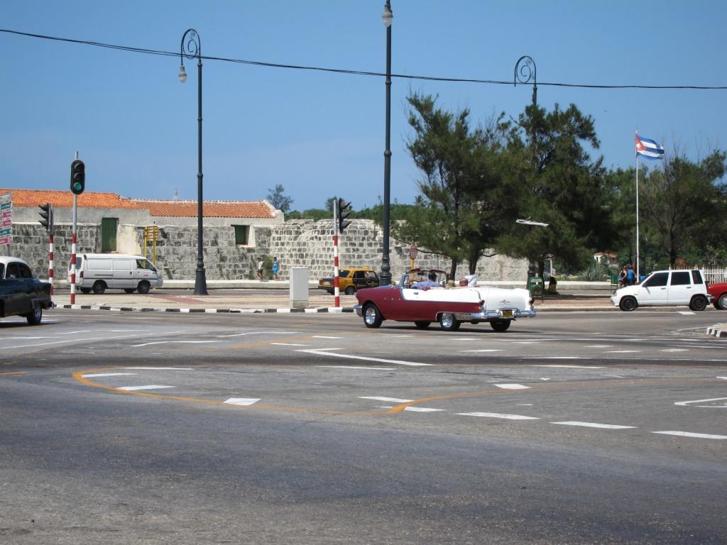 O vara comunista: Cuba si Venezuela. IMG_0463