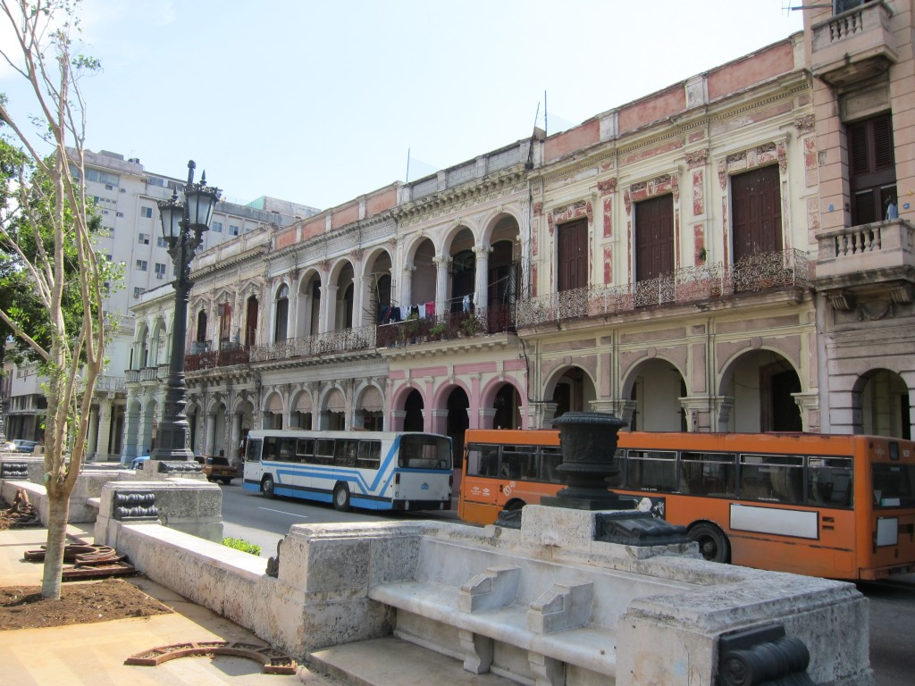 O vara comunista: Cuba si Venezuela. IMG_0468