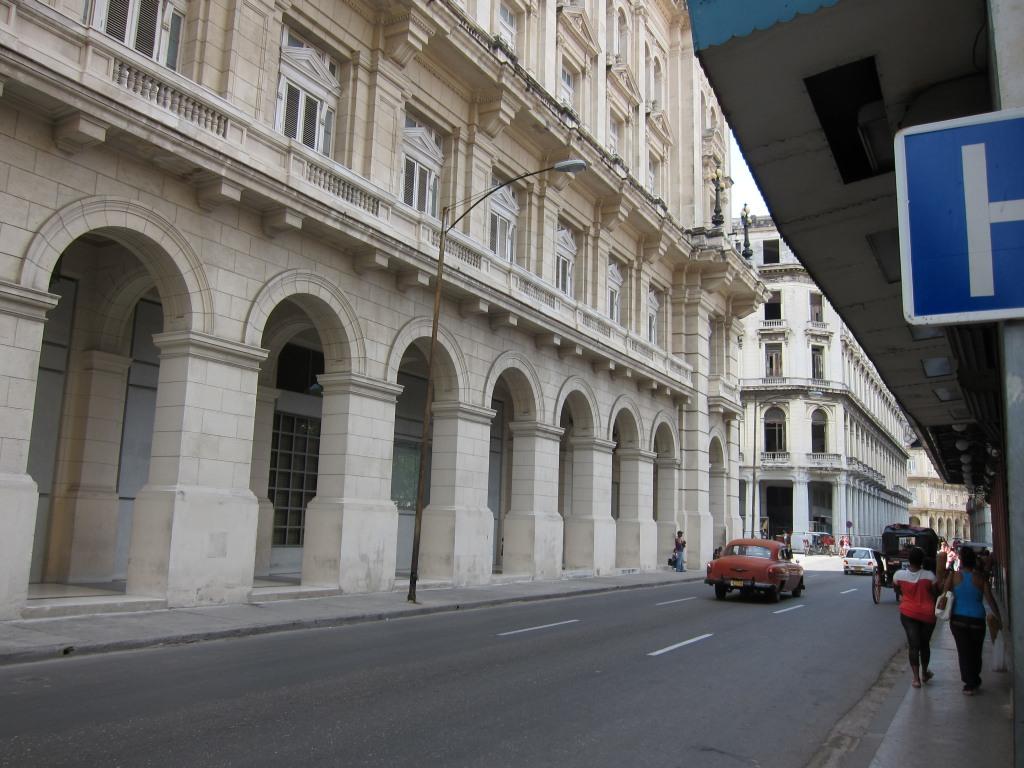 O vara comunista: Cuba si Venezuela. IMG_0509