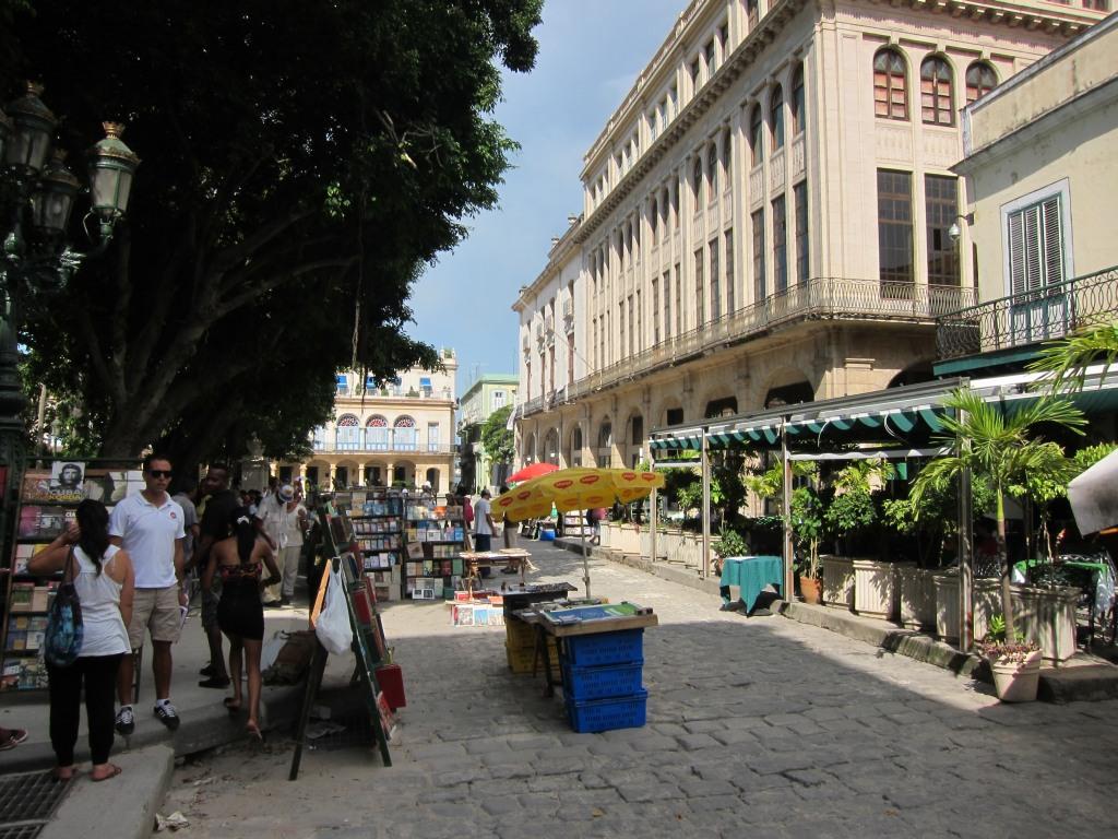 O vara comunista: Cuba si Venezuela. IMG_0519