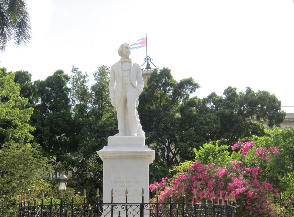 O vara comunista: Cuba si Venezuela. IMG_0528_1