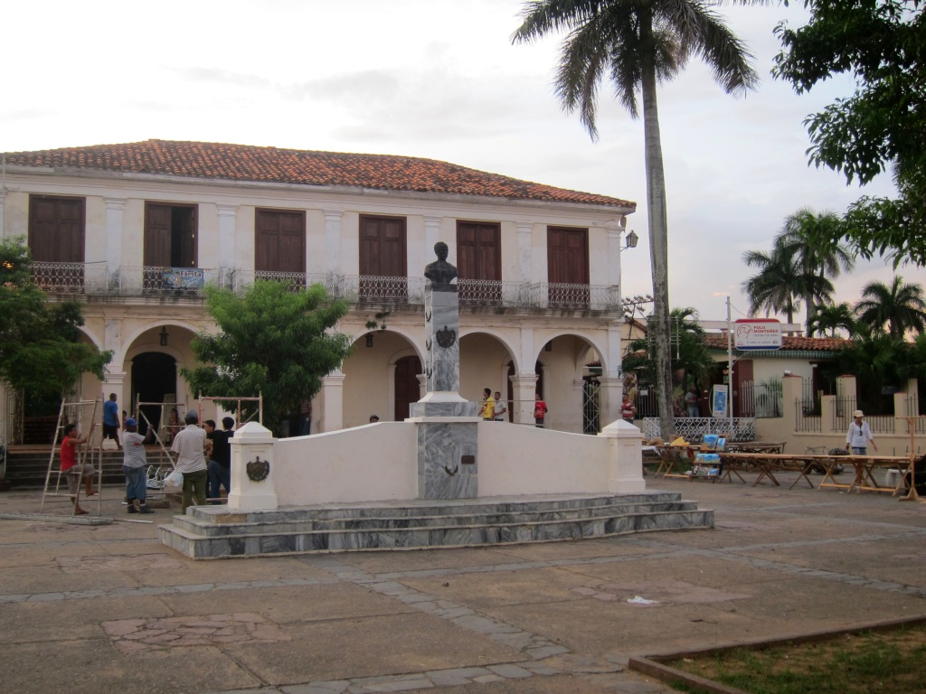 O vara comunista: Cuba si Venezuela. - Pagina 2 IMG_4058_zps14010ce1