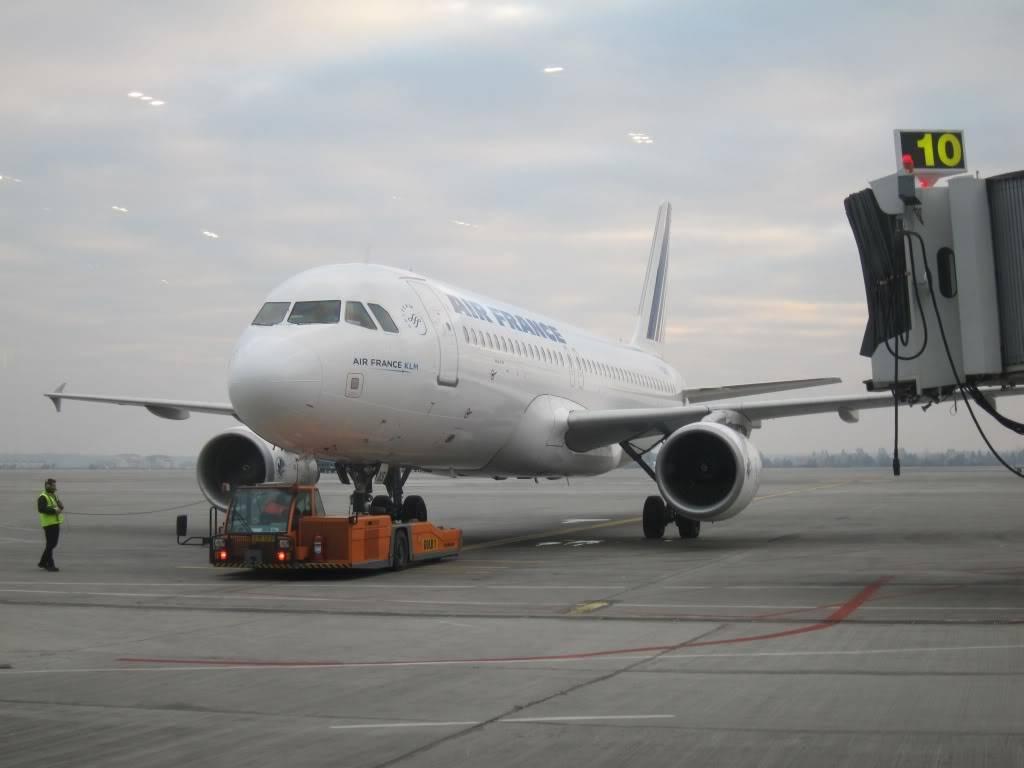 Sudul Vietnamului de revelion 2011/2012: OTP-KBP-SGN cu Aerosvit! IMG_1362