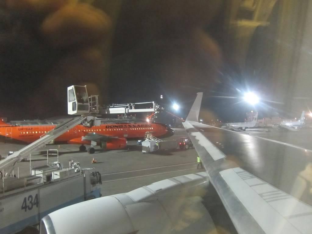 Sudul Vietnamului de revelion 2011/2012: OTP-KBP-SGN cu Aerosvit! IMG_1435