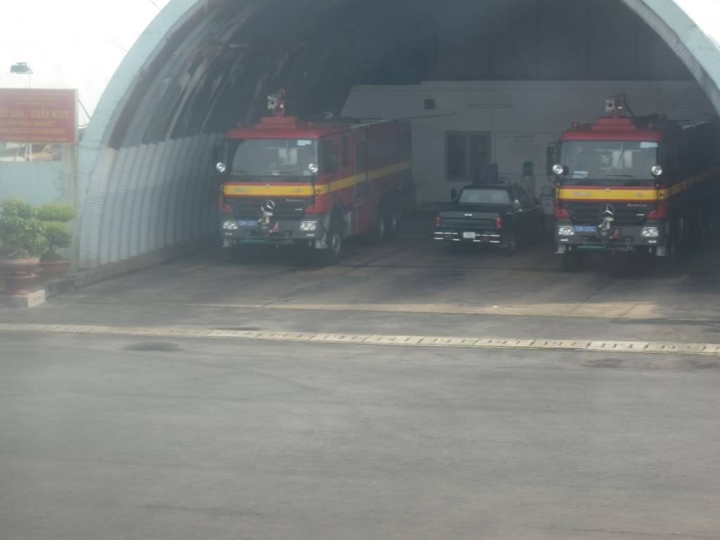 Sudul Vietnamului de revelion 2011/2012: OTP-KBP-SGN cu Aerosvit! IMG_1543