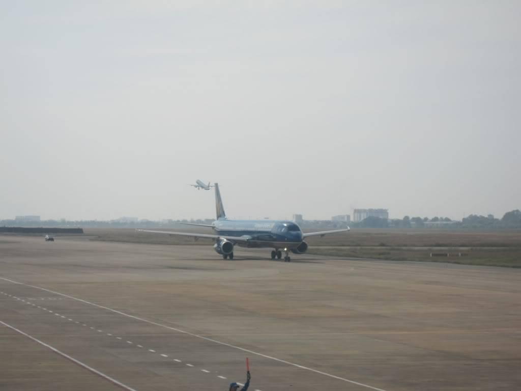 Sudul Vietnamului de revelion 2011/2012: OTP-KBP-SGN cu Aerosvit! IMG_1562