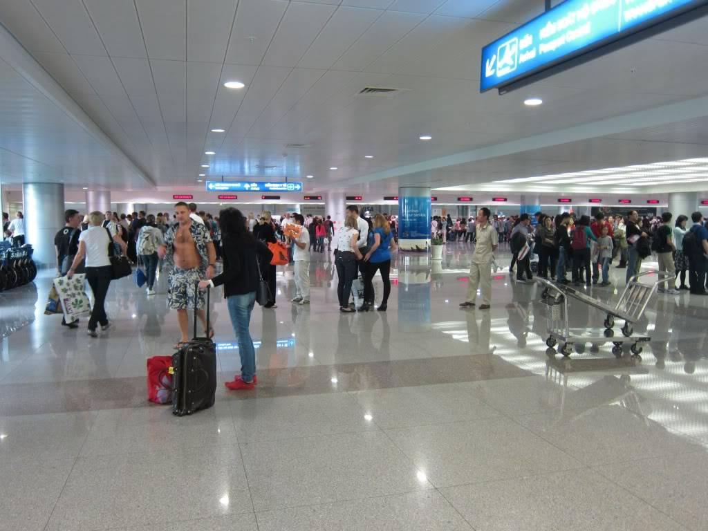 Sudul Vietnamului de revelion 2011/2012: OTP-KBP-SGN cu Aerosvit! IMG_1573