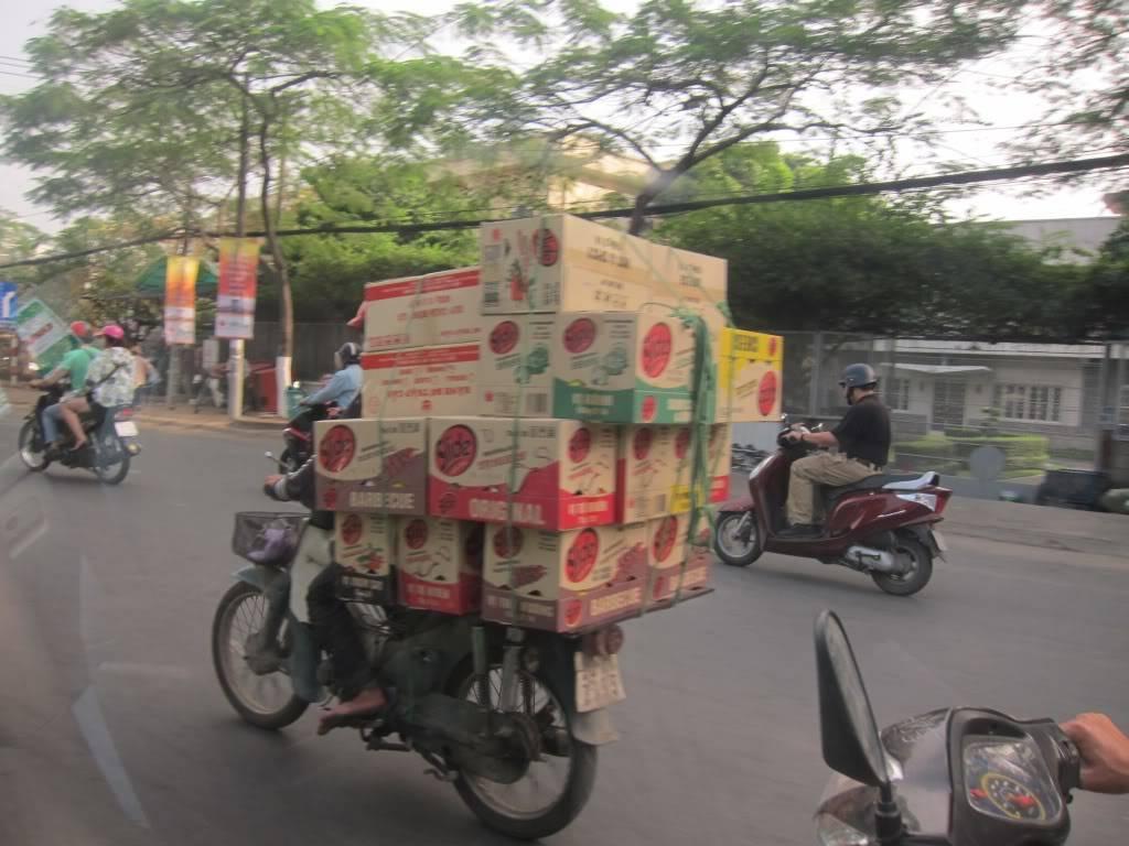 Sudul Vietnamului de revelion 2011/2012: OTP-KBP-SGN cu Aerosvit! IMG_1584