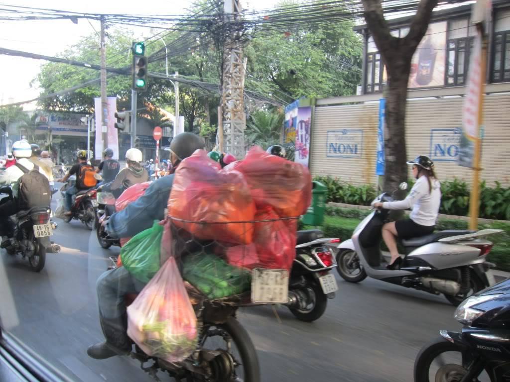 Sudul Vietnamului de revelion 2011/2012: OTP-KBP-SGN cu Aerosvit! IMG_1646