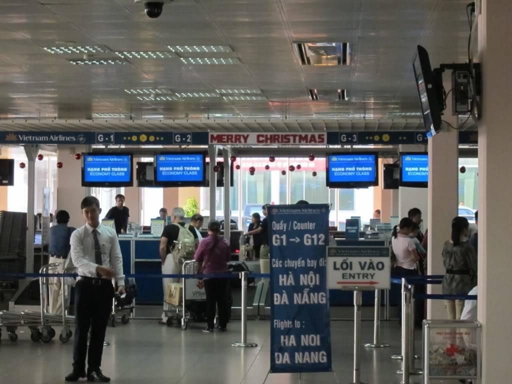 Sudul Vietnamului de revelion 2011/2012: OTP-KBP-SGN cu Aerosvit! IMG_1649