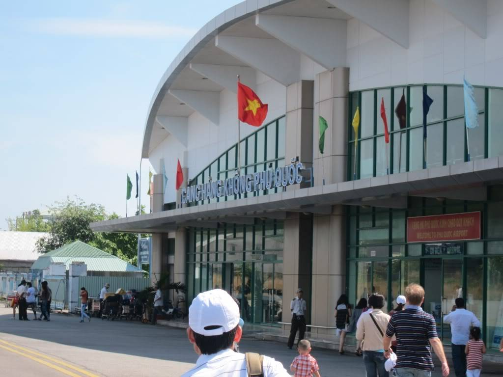 Sudul Vietnamului de revelion 2011/2012: OTP-KBP-SGN cu Aerosvit! IMG_1696