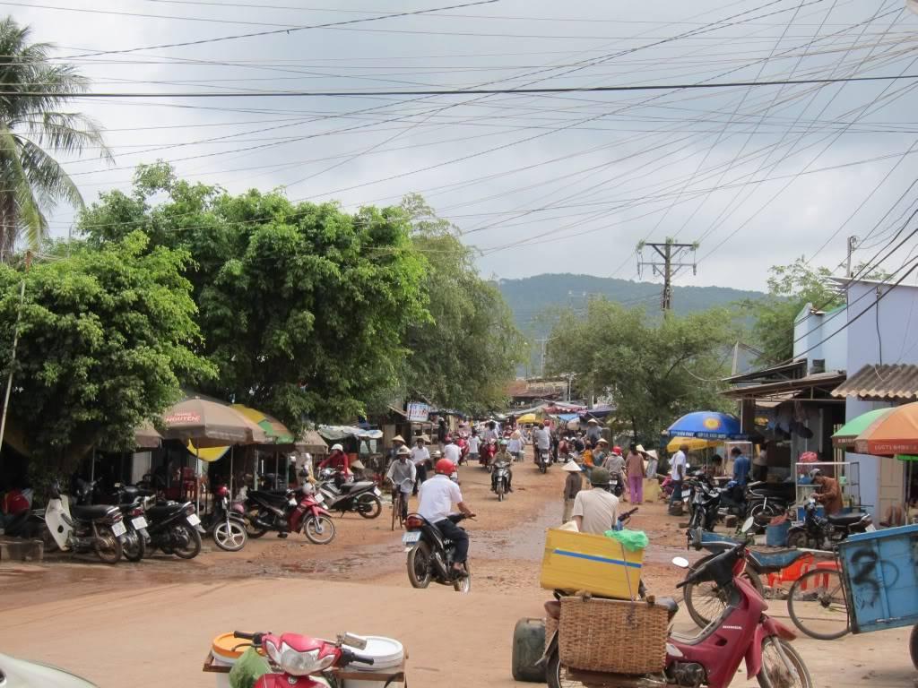 Sudul Vietnamului de revelion 2011/2012: OTP-KBP-SGN cu Aerosvit! IMG_2250