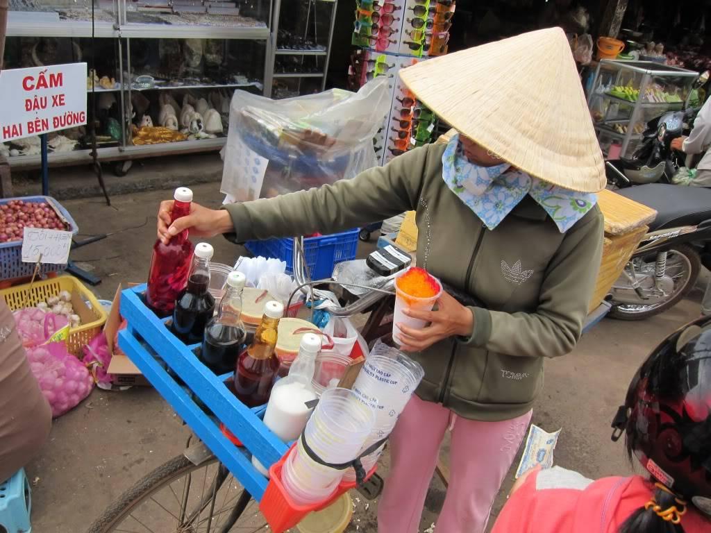 Sudul Vietnamului de revelion 2011/2012: OTP-KBP-SGN cu Aerosvit! IMG_2269