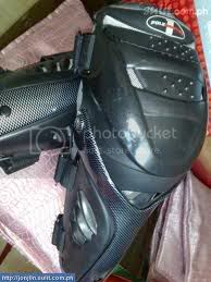 For Sale: 2ND HAND POLE POSITION KNEE GUARD Images