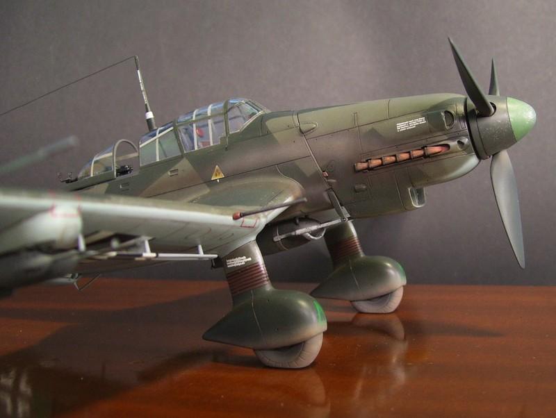 Junkers Ju-87 D-5 Stuka (Hasegawa 1/48). Ju87d5Stuka%2020