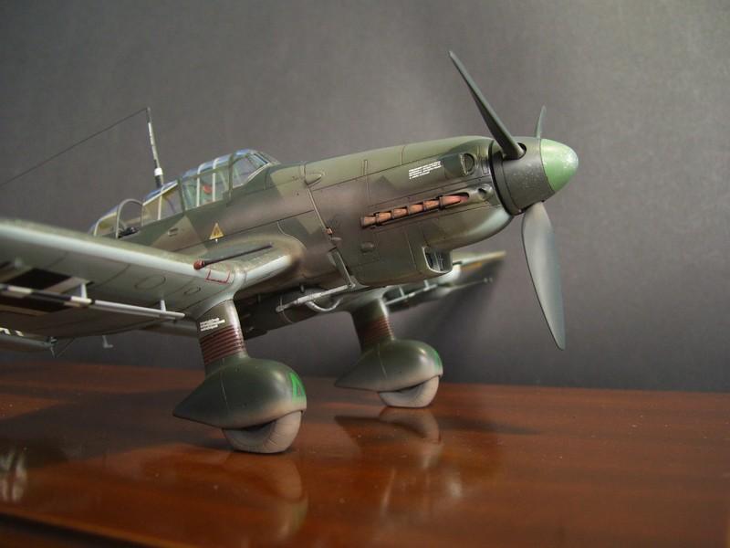 Junkers Ju-87 D-5 Stuka (Hasegawa 1/48). Ju87d5Stuka%2021