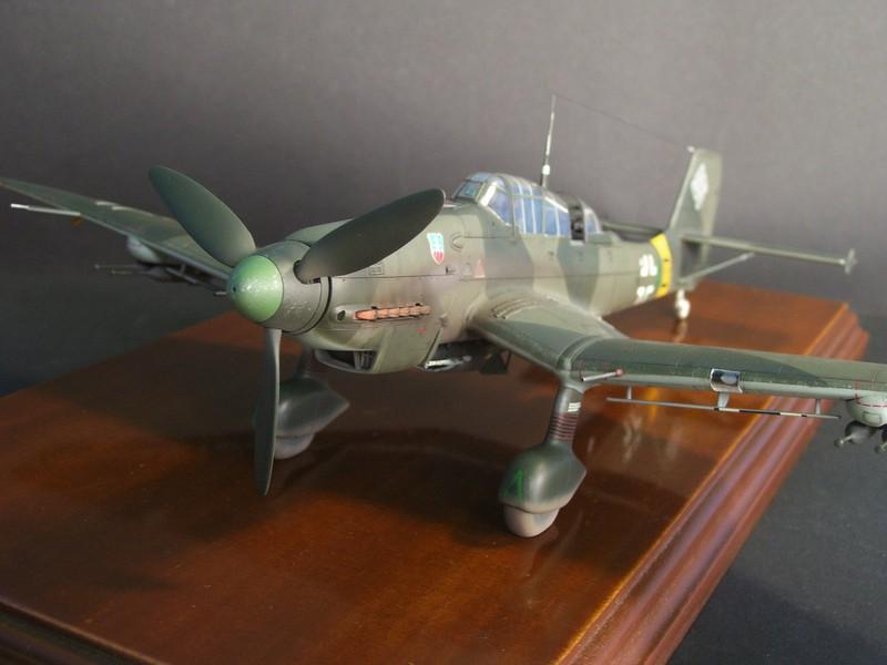 Junkers Ju-87 D-5 Stuka (Hasegawa 1/48). Ju87d5Stuka%203