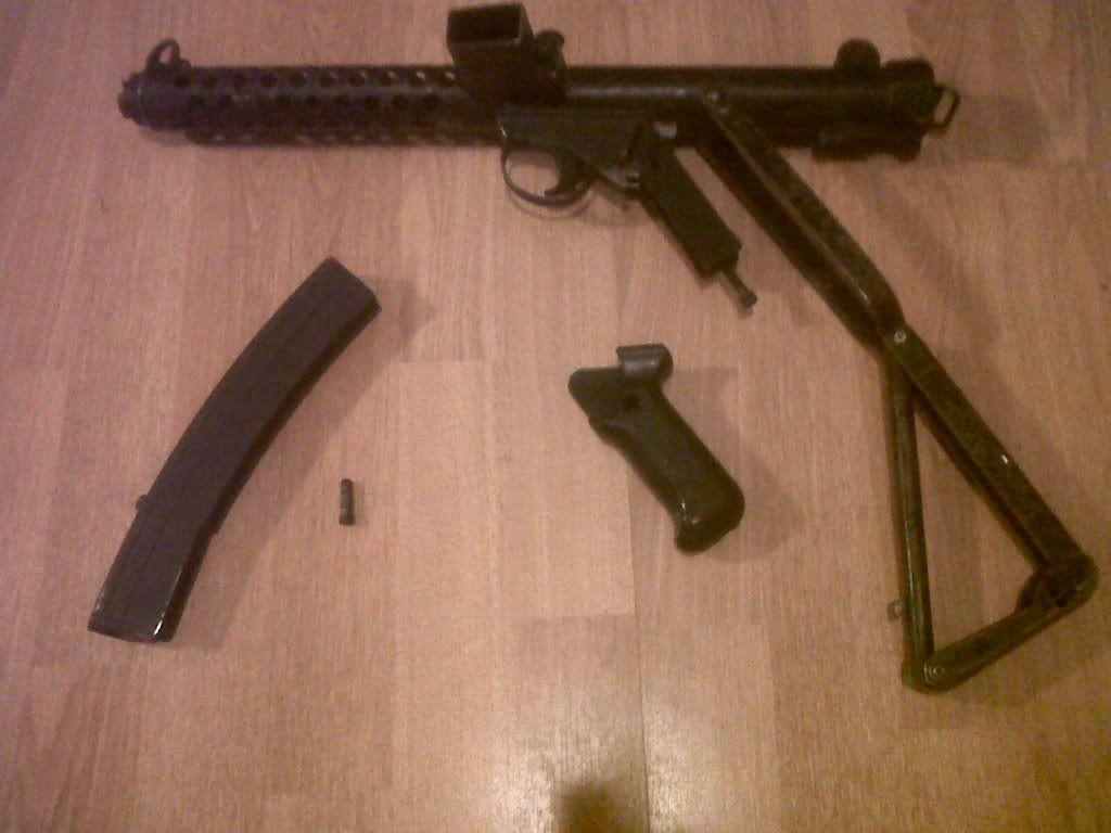 Sterling Machine Gun IMG00462-20111210-1823