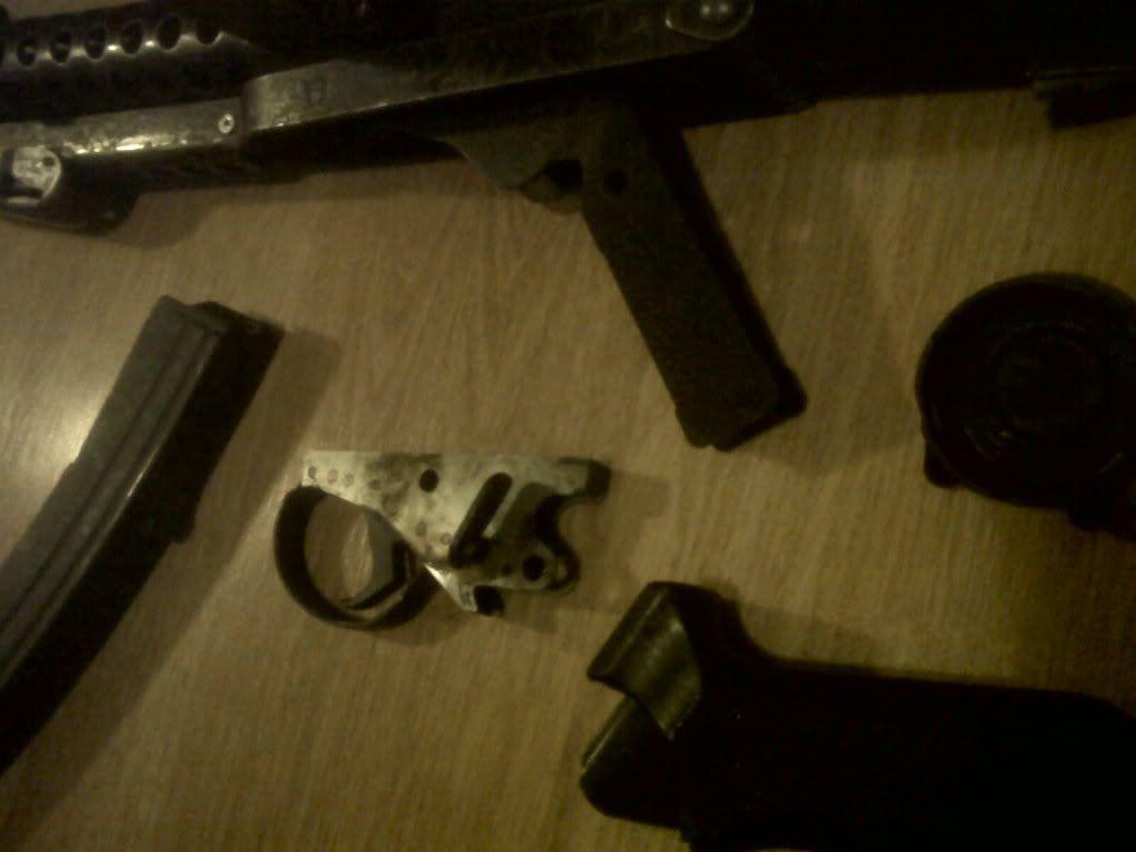 Sterling Machine Gun IMG00466-20111210-1826