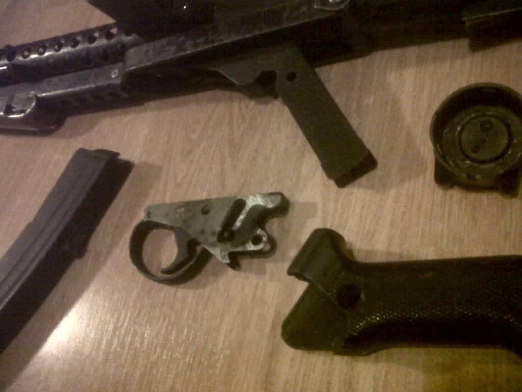 Sterling Machine Gun IMG00467-20111210-1826