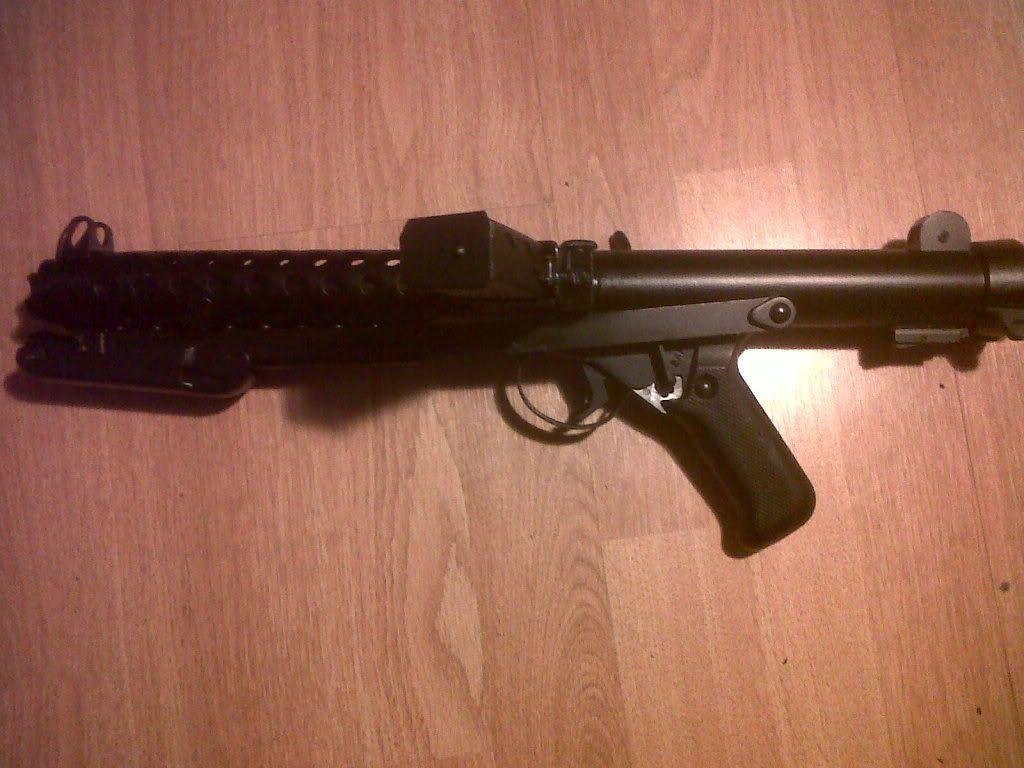 Sterling Machine Gun IMG00511-20120115-1735