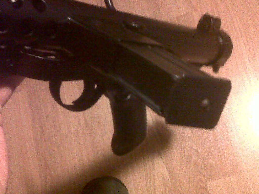 Sterling Machine Gun IMG00515-20120115-1737